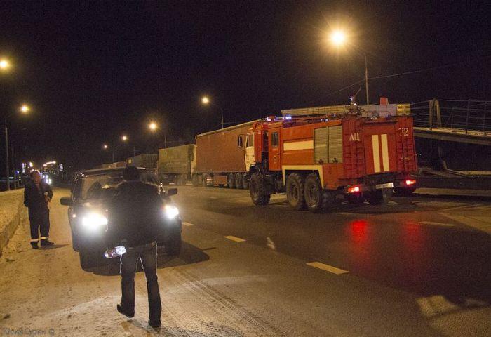 Транспортный коллапс и пробка длинной 200 километров! (74 фото)