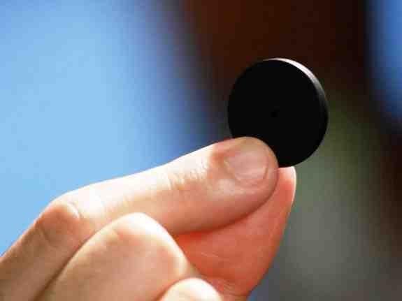 Черная кнопка, которая изменит мир (5 фото)