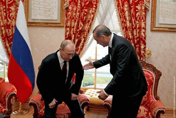 Фотожаба на В. Путина. (Больная спина)