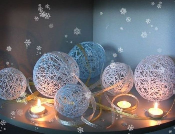 Новогодние шары из ниток.