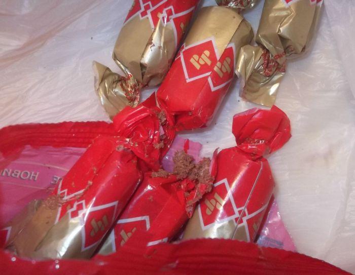 Сюрприз в шоколадных конфетах (6 фото)