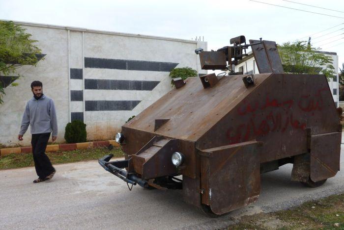 Модифицированная модель броневика сирийских джихадистов (7 фото + видео)