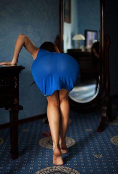 Стройные девушки в соблазнительных платьях (50 фото)