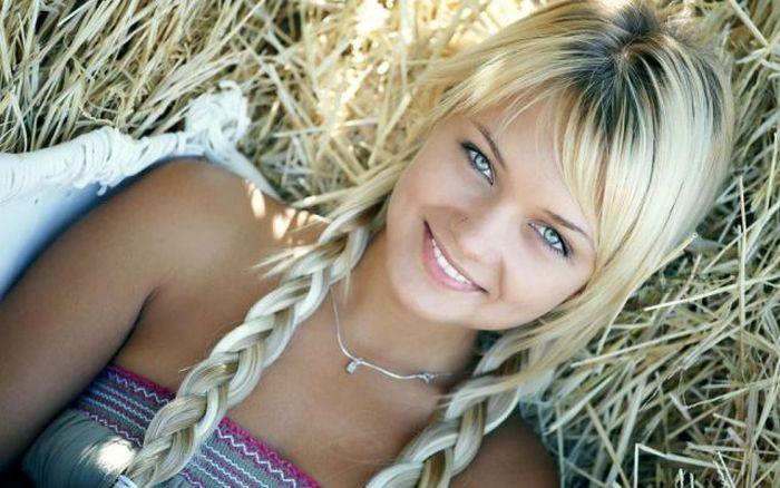 Красивые девушки от природы (42 фото)