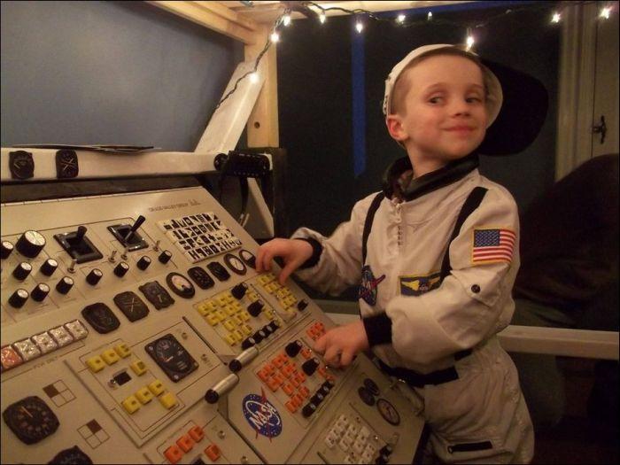 Космический корабль своими руками на день рождения сына (17 фото)