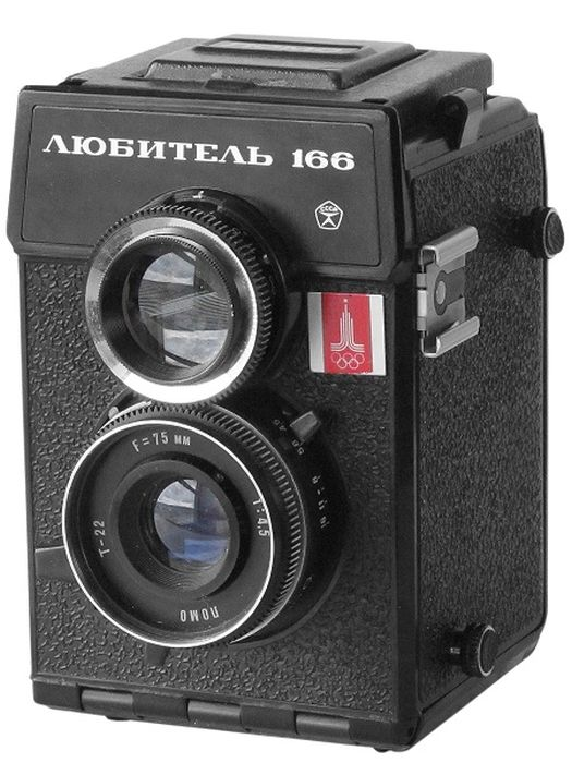 Фотоаппараты советских времен (22 фото)