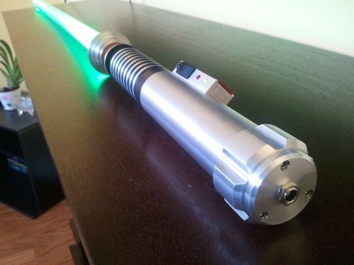 Лазерный меч своими руками фото