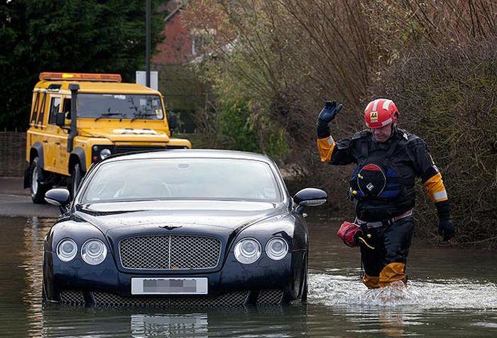 """История одного Bentley: """"как пришел, так и ушел"""" (11 фото)"""