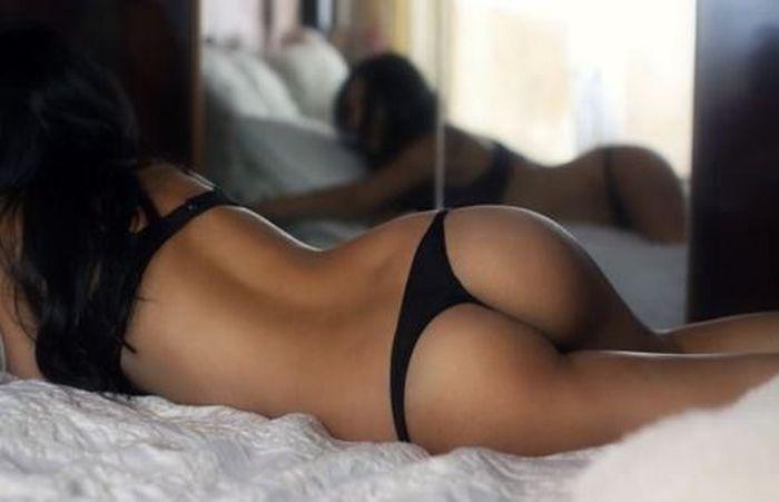 Стройные и подтянутые попки сексуальных девушек (45 фото)