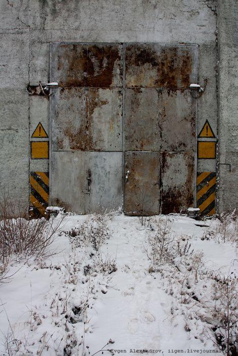 Заброшенная военная база ремонта железнодорожных ракетных комплексов (43 фото)