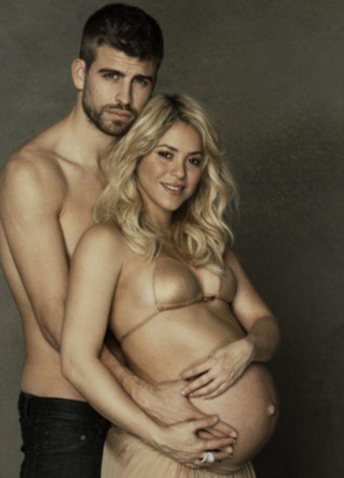 Фотосессия беременной Шакиры и ее мужа Жерара Пике (10 фото)