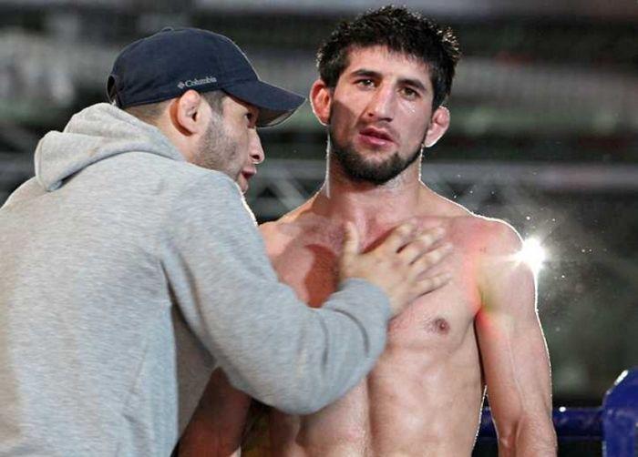 Спортсмен Расул Мирзаев не явился в суд и уехал в Дагестан (5 фото)