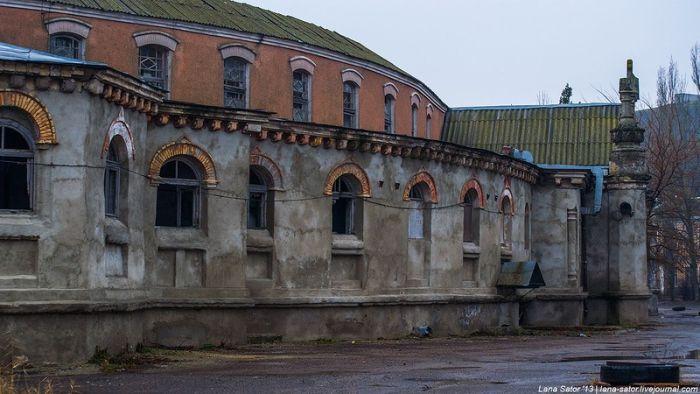 """Заброшенный санаторий """"Куяльник"""" под Одессой (51 фото)"""