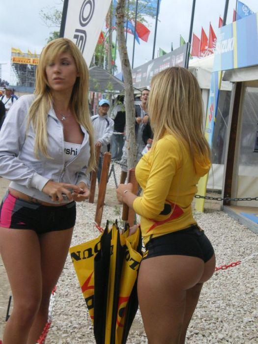 российский девчонки с большими попками