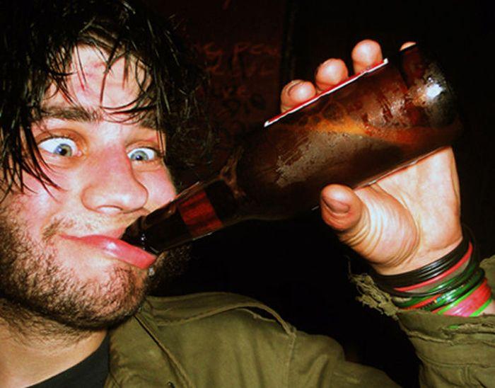 Очень пьяные люди (49 фото)
