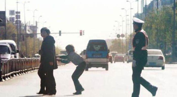 """Попались"" на постыдных поступках (50 фото)"