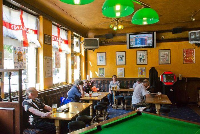 Лондонские пабы фанатов Тоттенхэм Хотспур (45 фото)