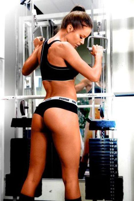 Спортивое тело девушки фото