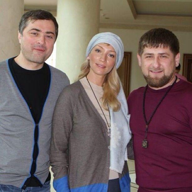 сурков и его семья фото пожаротушения
