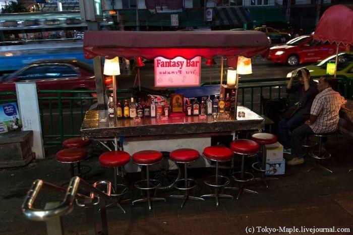 Злачная улица в Бангкоке (29 фото)