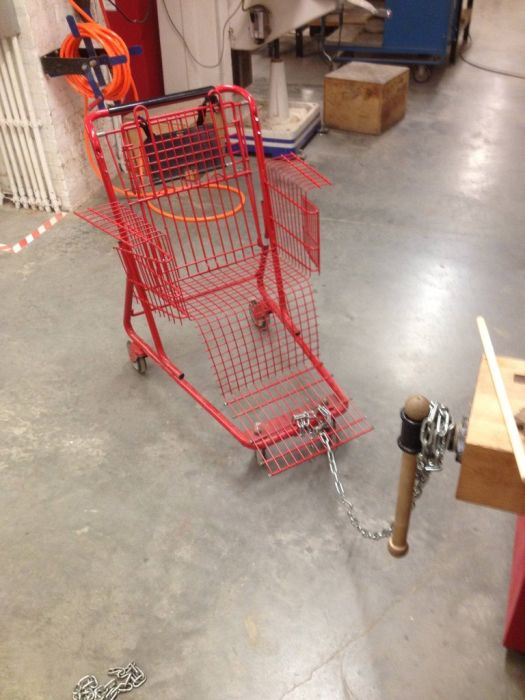 Прокачаем тележку из супермаркета (11 фото)