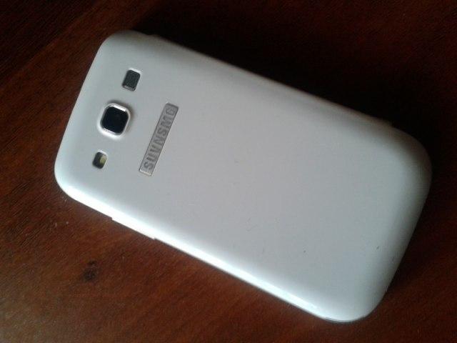 Китайский Samsung Galaxy S III (10 фото)