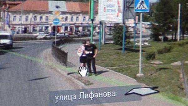 """Парень попался на измене на фото в """"Яндекс.Карты"""" (1 фото + видео)"""