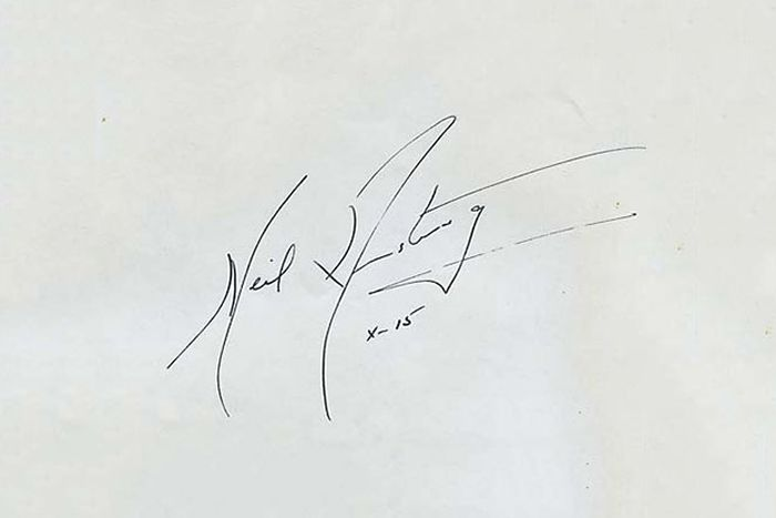 Самые ценные автографы (10 фото)