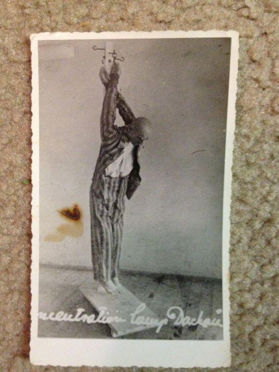 Страшные фотоснимки концлагеря Дахау (13 фото)