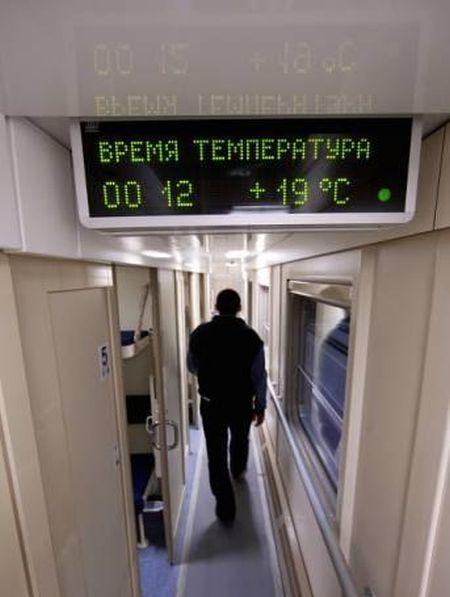 Первые двухэтажные вагоны в Мурманской области (4 фото)