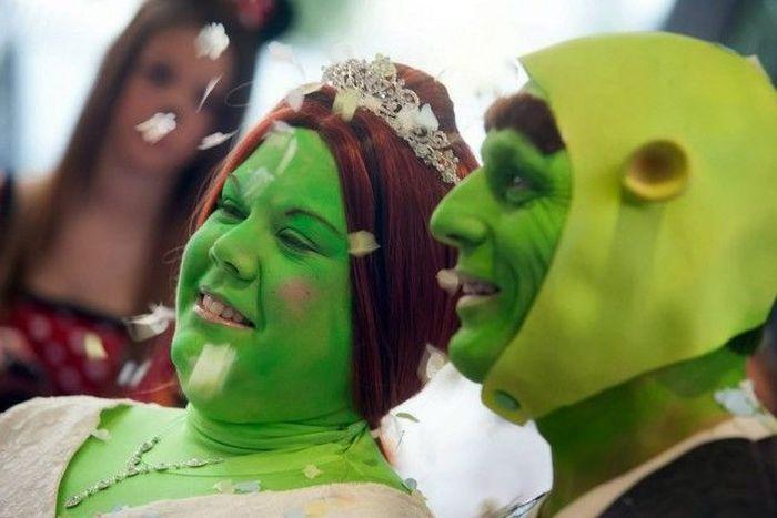 Необычная свадьба Шрека и Фионы (17 фото)