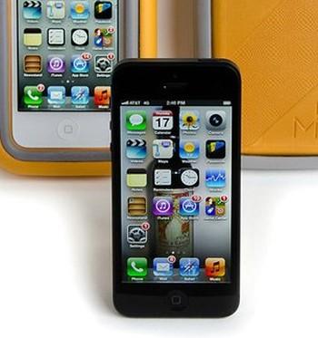 Чехол, который позволяет iPhone без последствий падать с высоты 1,8 км (8 фото)