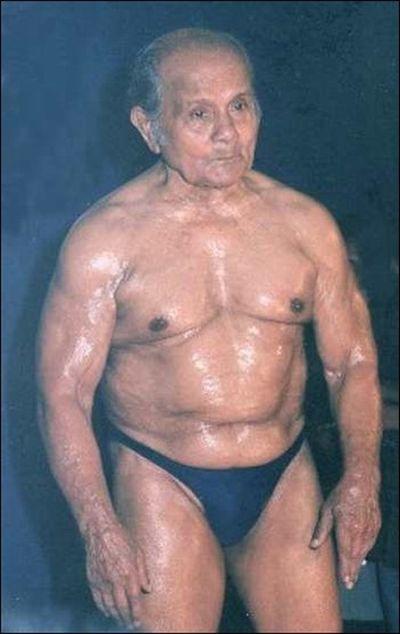 100-летний «Мистер Вселенная» (7 фото)