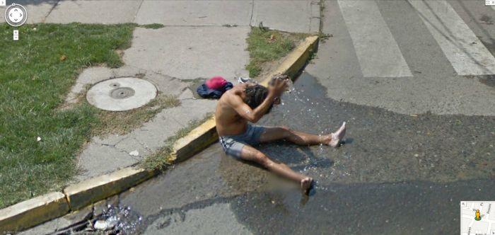 Подборка приколов на Google Street View. Часть ...: trinixy.ru/83518-podborka-prikolov-na-google-street-view.-chast-2...