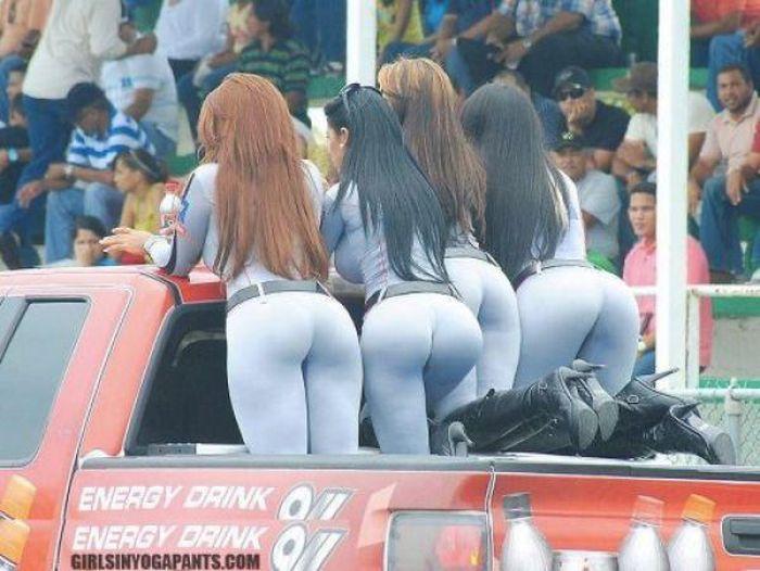 Спортивные девушки в обтягивающих лосинах (60 фото)