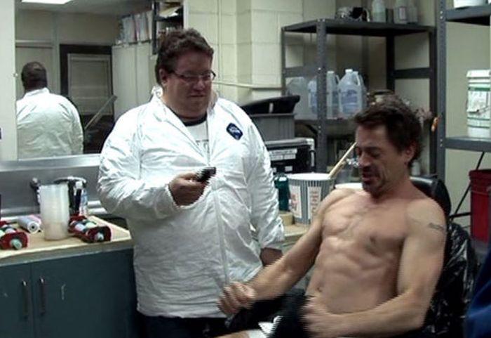 "Реактор в груди ""Железного человека"" (14 фото)"