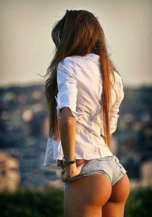 Фото девушка с красивой попой