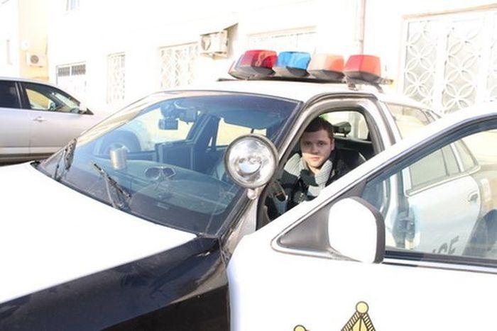 Автомобиль полиции США в Туле (7 фото)
