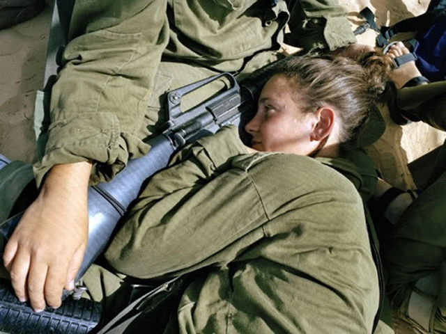 Девушки армии Израиля (70 фото)