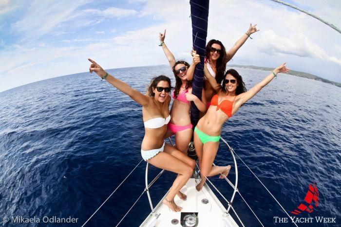 яхты и девушки фото