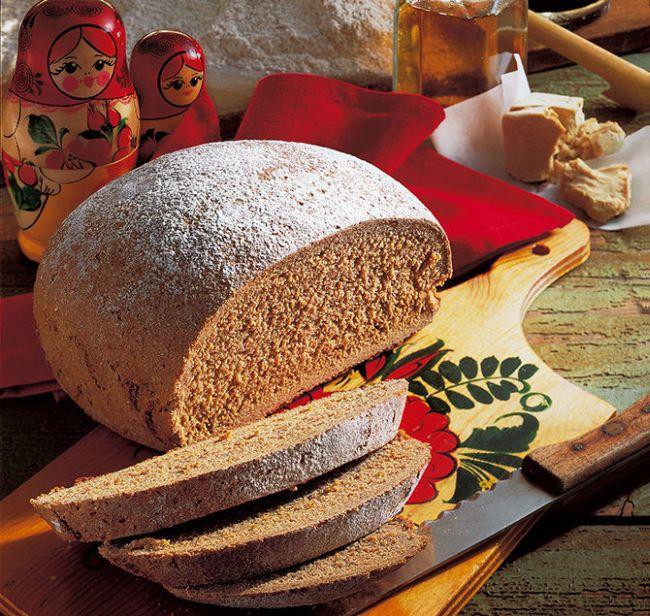 Оштрафовали за хамское отношение к хлебу (5 фото)