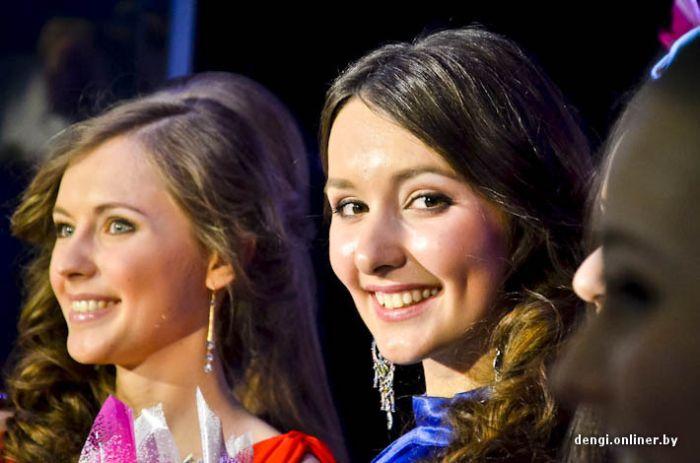 Самая красивая студентка Минска должна быть не только красивой (64 фото)