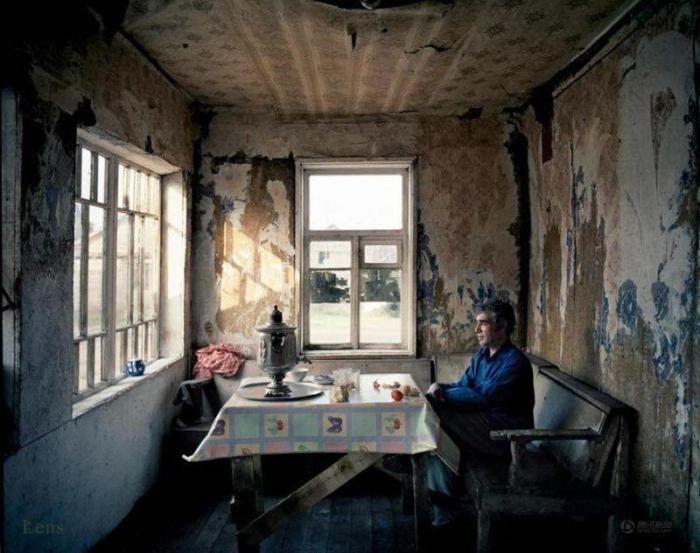 Жизнь в современном цыганском таборе в наши дни (26 фото)