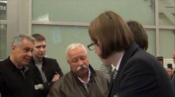 Разборки Якубовича с сотрудниками Аэрофлота (2 фото + видео)