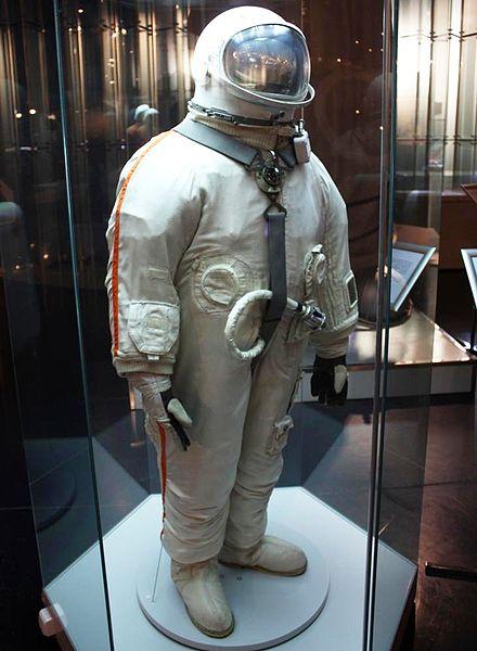 Космическая мода с «заднего входа»