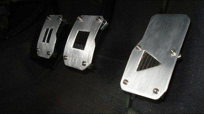 Подборка автомобильных приколов. Часть 12 (40 фото)