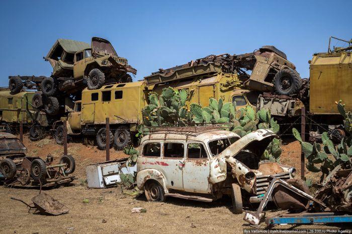Памятник войны Эритреи с Эфиопией (36 фото)