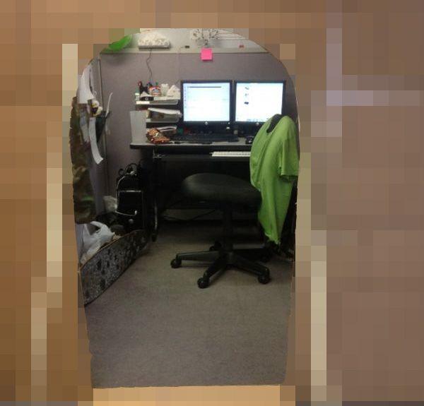 Когда нечем заняться на работе (3 фото)