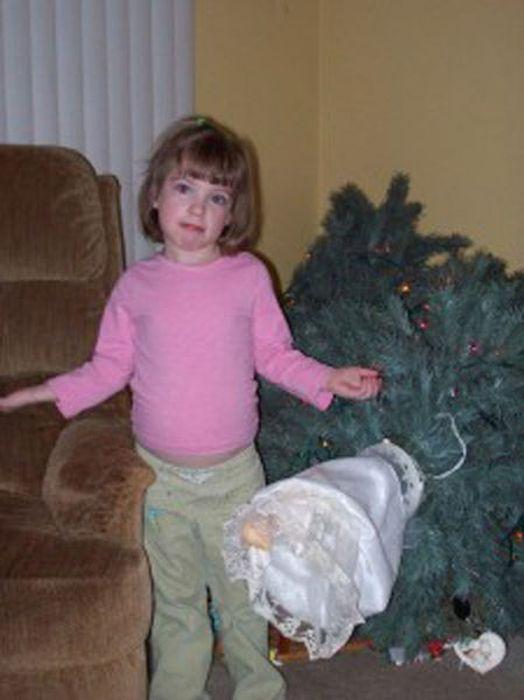 Почему нельзя оставлять детей одних дома (60 фото)