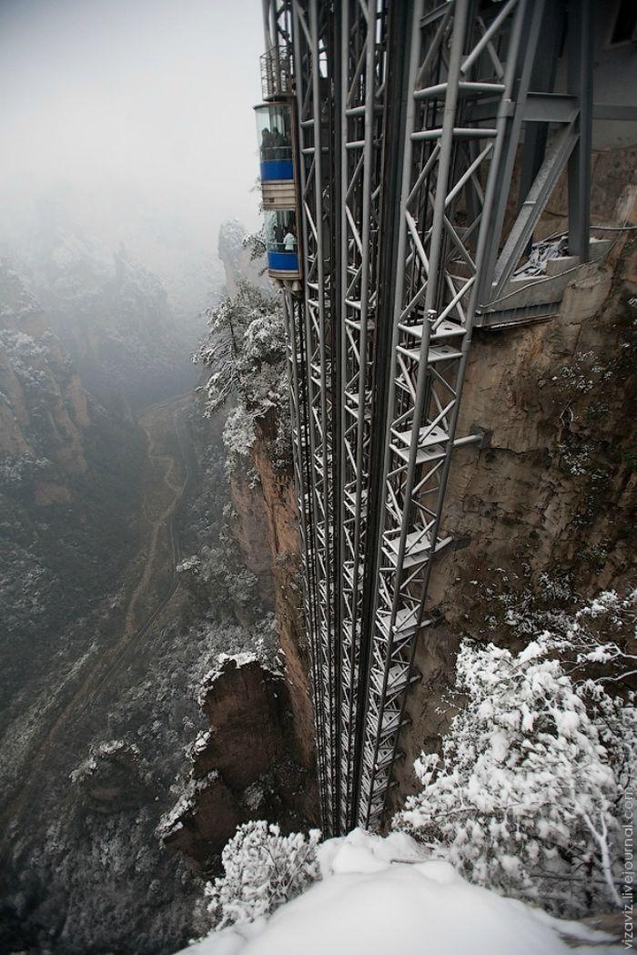 """""""Байлонг"""" - самый высокий лифт в мире (7 фото)"""
